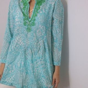 Lilly Pulitzer tunic top with bead accent